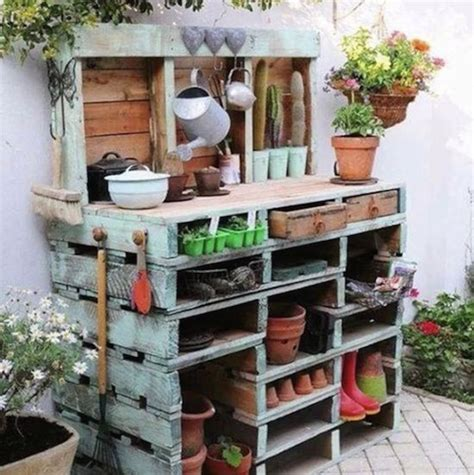 bench made with pallets diy garden bench made with wood pallets crafts diy ideas
