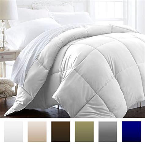 Best Lightweight Alternative Comforter by Beckham Hotel Collection 1200 Series Lightweight