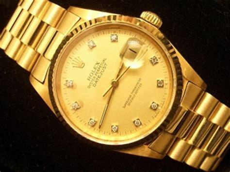 Rolex Swis Ori J455 1980 An mens 18k gold rolex datejust president w diamonds