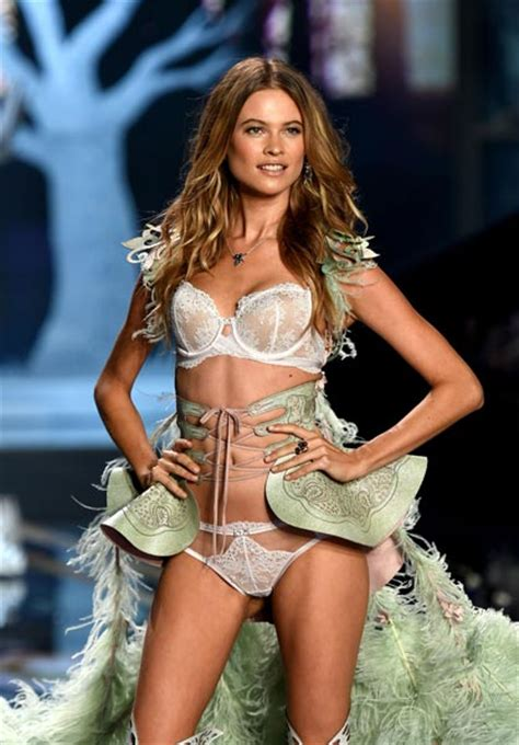 victorias secret model behati prinsloo has wardrobe victoria s secret angel behati prinsloo on her diet and