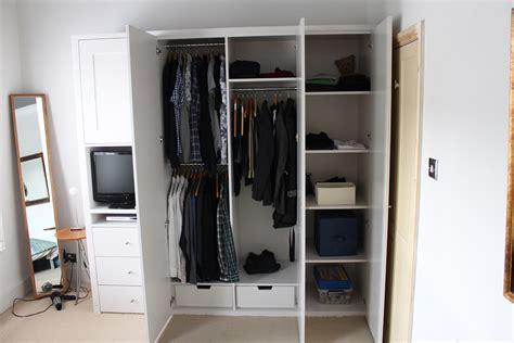 Wardrobe Shelf Designs by Indian Wardrobe Designs From Inside Search