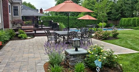 Island Patio by Patio Island Backyard Designers