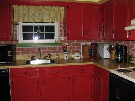 r駭 une cuisine en bois repeindre une cuisine en bois page 1