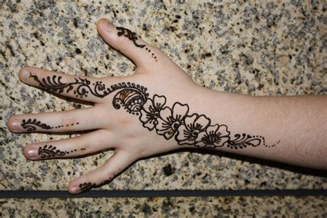 henna tattoo real these temporary tattoos look unbelievably real
