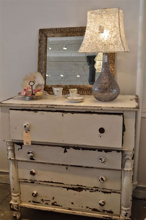 rosemary and thyme a visit to rachel ashwell s shabby chic store in new york rachel ashwell