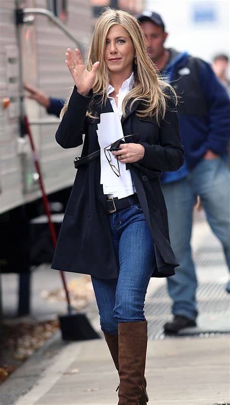 jennifer aniston casual jennifer aniston casual fashion pinterest