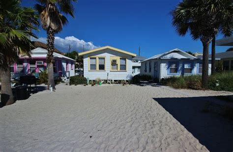 seahorse cottages treasure island seahorse cottages updated 2017 cottage reviews price comparison treasure island florida