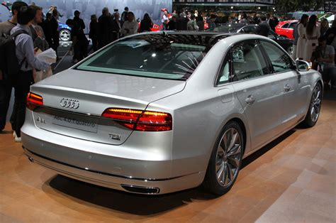 Audi A8l 2015 by 2015 Audi A8 Look Photo Gallery Motor Trend