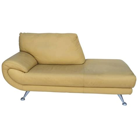 Leather Sofa Chaise Lounge Nicoletti Leather Chaise Lounge For Sale At 1stdibs