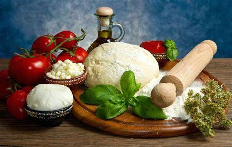 alimenti italiani cibo italiano simbolo italia di domani
