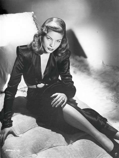 lauren bacall died lauren bacall early 1940s photos remembering the life