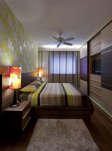 How To Decorate A Long And Narrow Bedroom Long Narrow Narrow Bed
