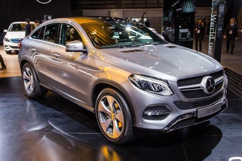 Mercedes Gle Coupe 2016 by 2016 Mercedes Gle Coupe Debuts At 2015 Detroit Auto Show