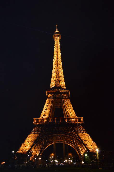 imagenes gratis torre eiffel fotos gratis ligero arquitectura noche torre eiffel