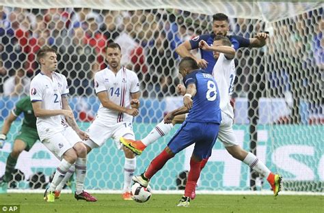 Sandal T Payet 2016 golden boot race trio griezmann giroud and payet lead daily mail