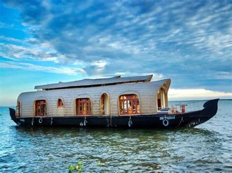 house boat at kollam luxury 5 beds houseboat booking for 1 nights in kollam at