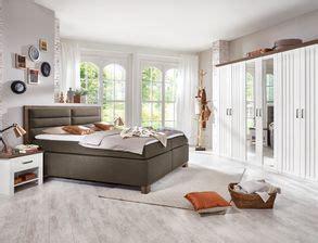 preiswerte betten komplett schlafzimmer komplett mit boxspringbett kaufen auf betten de