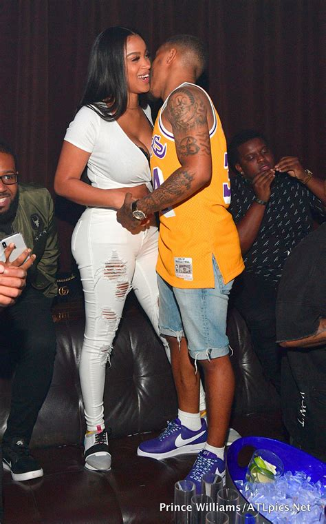 bow wow  kiyomi leslie partying  tongue groove
