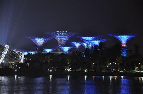 Sgm Formula 1 sgm light for singapore skyline at formula 1 racing