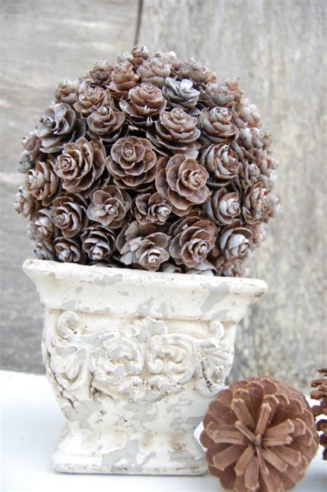 diy decorations pine cones 10 genius diy ways to transform pinecones into