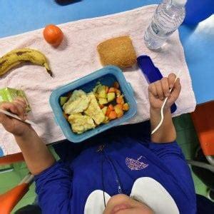 intossicazione alimentare bambini trapani le intossicazioni nella scuola di buseto