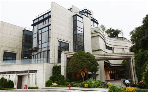 most expensive home sold in china buy the world s most expensive home in hong kong for 105