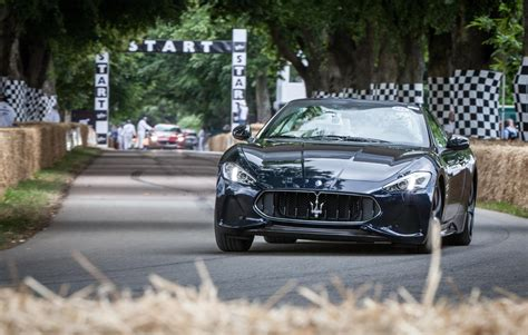 maserati front 2018 maserati granturismo front air intakes and grille are