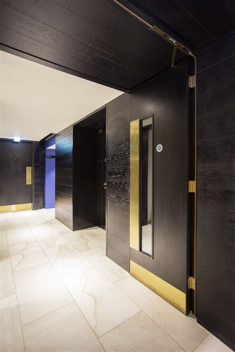 joinery installation   apex city  bath hotel ahmarra