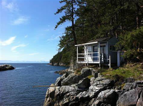Vancouver Island Cottages by Free Cabin