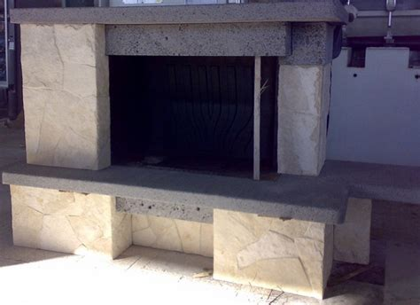 camini in pietra lavica rivestimento camino in pietra lavica cemento armato