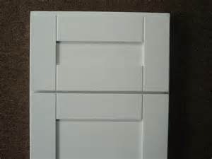 White Shaker Kitchen Cabinet Doors White Cabinets Shaker Door Style Discounted Kitchen