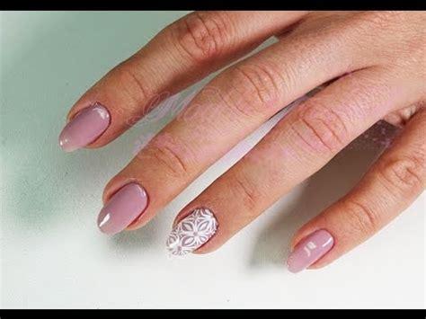 nail fiore strisciato nail con fiore strisciato e strass