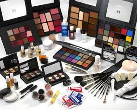 Complete Vanity Sets How To Put Together Makeup Kits For Women