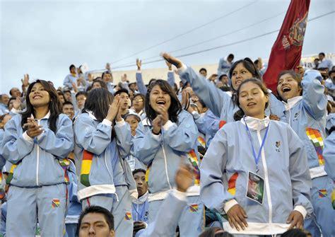 morales inaugura los v juegos deportivos plurinacionales juegos estudiantiles plurinacionales presidente evo