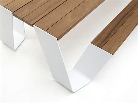 patio design by jas inc rensselaer de ouderwetse picknicktafel in een tijdloos designjasje