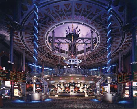 cineplex woodbridge colossus 12