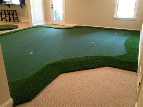 how to build a putting green in my backyard i like the idea that if there isn t enough room for a