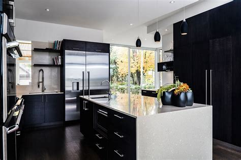 black and white kitchen design for your best home
