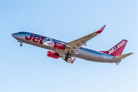 New Bomber1 jet2 named one of the world s most punctual airlines the leader newspaper