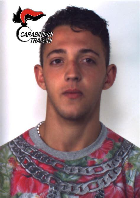 how much does teresa capodel charge for a reading tentato furto in un negozio di via marsala arrestato