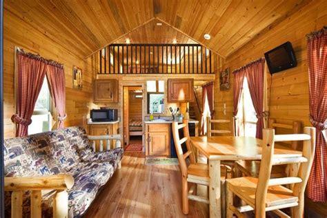 Koa Deluxe Cabin by Koa Deluxe Cabin