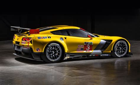 corvette race car car and driver