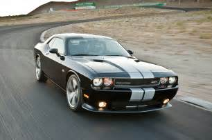 Dodge Chalanger Hellcat Dodge Challenger May Gain 6 2 Liter Supercharged V 8
