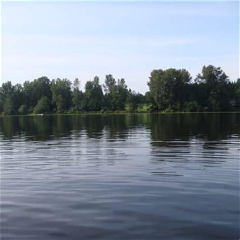 pedal boat rental vancouver deer lake boat rentals 33 photos 14 reviews boating