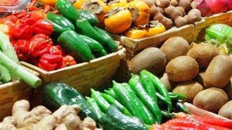2 vegetables that make you more fruit and vegetables can make you happier