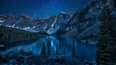 Moraine Lake   Valley Of The Ten Peaks ?? Wallpaper