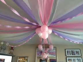 different ways to decorate with streamers 25 best ideas about birthday decorations on