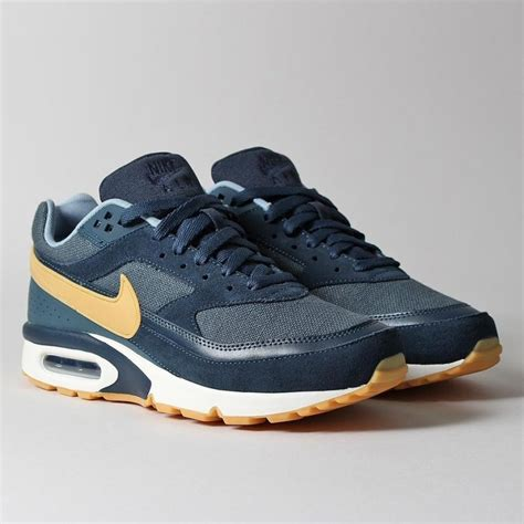 brand new 85cab d6ad1 nike air max bw premium in navy armory navy gum yellow