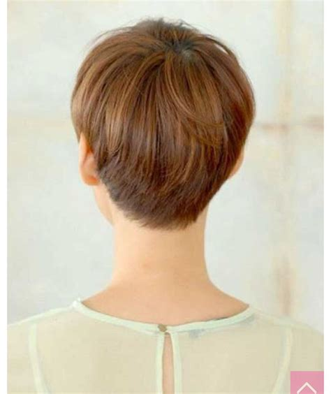 pixie cut that flips in back back of a pixie neat but still layered the pixie