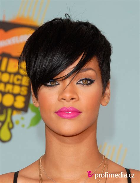 short weave hairstyles for rihanna and haille berry rihanna peinado de